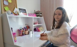 Kırklareli'nde 9 yaşındaki Nazlı depremzedelere harçlığını gönderdi