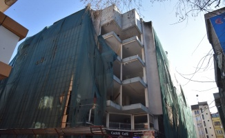 Kızılay İş Merkezi yıkılıyor