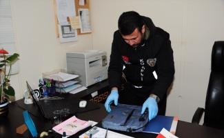 Kocaeli'de akaryakıt hırsızlığı çetesine yönelik operasyonda yakalanan 2 zanlı tutuklandı