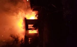 Lüleburgaz'da metruk ev yangını