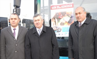 Özel halk otobüslerinden depremzedelere yardım