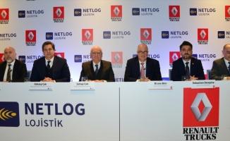 Renault Trucks yılın ilk büyük teslimatını Netlog Lojistik'e yaptı