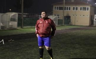 Amatör kümenin 130 kiloluk golcüsü: Hasan Kılıç