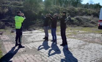 Av koruma memurları ve saha bekçileri atış eğitimi
