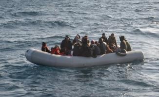Balıkesir'de 42 düzensiz göçmen yakalandı