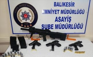 Balıkesir'de silahlı saldırı anı güvenlik kamerasında