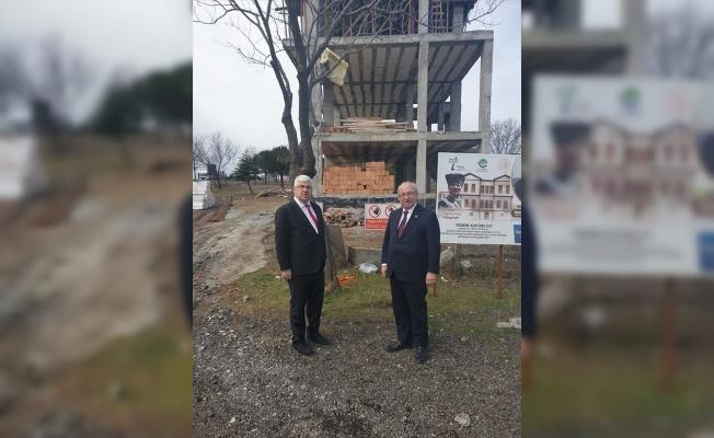 Belediye Başkanı Albayrak, yapımı süren Atatürk Evi'ni inceledi