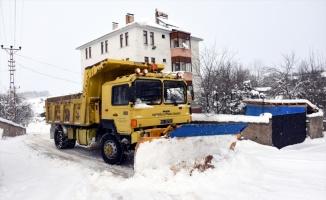 Bolu, Karabük, Sakarya ve Zonguldak'ta 94 köy yolu ulaşıma kapalı