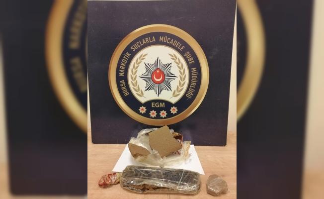 Bursa'da gözaltına alınan 2 uyuşturucu şüphelisi tutuklandı
