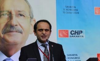 CHP Sakarya İl Başkanlığı'na Ecevit Keleş seçildi