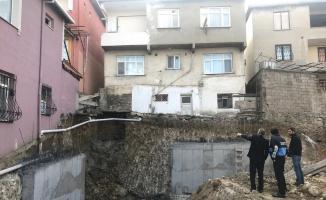 Darıca'da inşaatta meydana gelen toprak kaymasında 1 kişi yaralandı