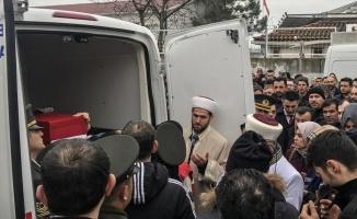 İdlib'de şehit olan Uzman Çavuş Demir'in cenazesi İstanbul'a getirildi