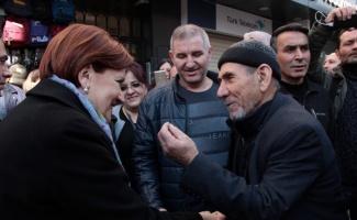 İYİ Parti Genel Başkanı Akşener, Bursa'da esnafı ziyaret etti
