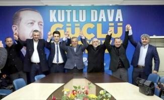Karamürsel AK Parti İlçe Başkanlığında temayül yoklaması