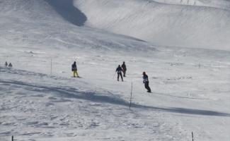 Kış sporu etkinliği Red Bull Homerun Erciyes'te yapıldı