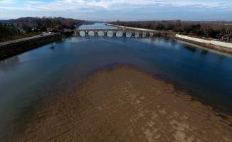 Meriç Nehri en düşük seviyelerinde akıyor