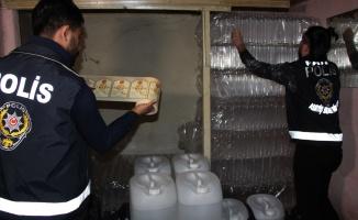 Polisin dikkati sahte içki imalathanesini açığa çıkardı