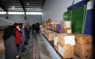Sakaryalı minik öğrenciler Elazığ'daki anaokullarına sevgi kolisi gönderdi
