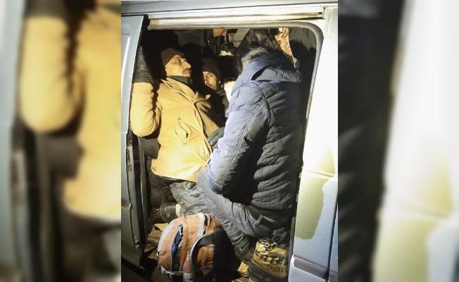 Tekirdağ'da 27 düzensiz göçmen yakalandı