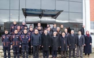 Vali Aksoy, İstanbul ve Elazığ'da görev yapan AFAD İl Müdürlüğü ekibini ziyaret etti