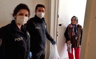 66 yaşındaki kadının ilaç ve kolonya çağrısına polis ekipleri koştu