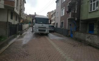 Darıca Belediyesi her mahalleyi dezenfekte ediyor