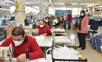 Kocaeli'de engellilerden maske üretimine destek