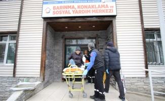 Sokakta kalan vatandaş Barınma Merkezi'ne getirildi