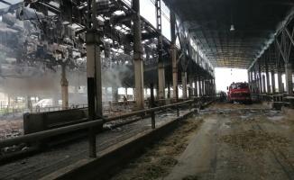 Hayvan çiftliğindeki yangın hasara neden oldu