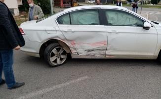 İki otomobilin çarpışması sonucu 8 kişi yaralandı