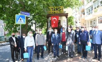 Kocaeli'de meslek liselerinin ürettiği maske ve kolonyalar taksicilerle paylaşılacak