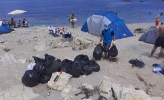 Hafta sonu sahillerden 250 ton atık toplandı