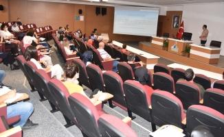 Kartepe'de resmi yazışmalarda güncelleme semineri
