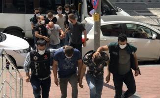 Kocaeli'de uyuşturucu operasyonunda yakalanan 5 kişi tutuklandı
