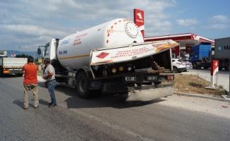 Tır ile LPG tankerinin çarpıştığı kazada, 1 kişi yaralandı