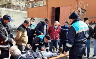 Bağcılar'da uygulamalı arama kurtarma eğitimi yapıldı