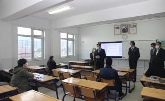 Bursa'da okullar yüz yüze eğitime açıldı