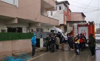 Gebze'de çıkan yangında evde hasar oluştu