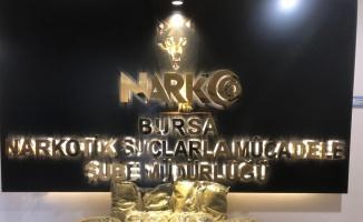 Bursa'da düzenlenen operasyonda 12 kilo 300 gram sentetik uyuşturucu ele geçirildi