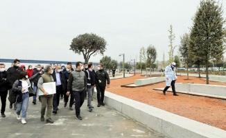 İmamoğlu, 10 bin adım atarak Haliç'teki çalışmaları inceledi