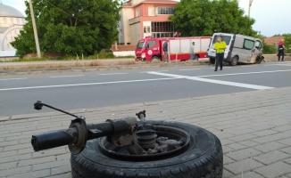 Edirne'de sığınmacıları taşıyan kamyonet ile traktör çarpıştı: 1 ölü, 2 yaralı