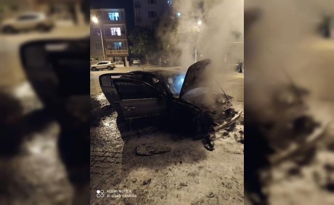 Kırklareli'nde kaza yapan otomobilde çıkan yangın söndürüldü