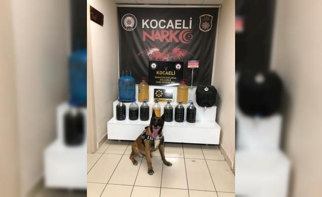 Kocaeli'de mutfak tüpüne gizlenmiş 51,5 litre metamfetamin ele geçirildi