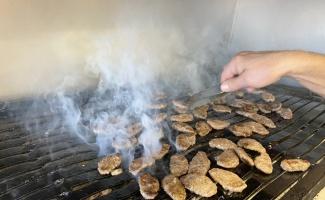 RAHMET VE BEREKET AYI RAMAZAN - Sakarya'nın coğrafi işaretli ıslama köftesi iftar sofralarına lezzet katıyor