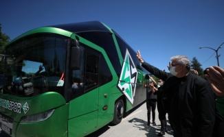 Sakaryaspor kafilesi play-off maçı için Van'a uğurlandı