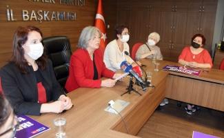 Bursa'da CHP'li kadınlardan İstanbul'daki kısıtlı miting kararına tepki