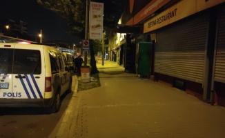 Bursa'da kısıtlama saatinde açık olan eğlence mekanındaki 26 kişiye para cezası kesildi