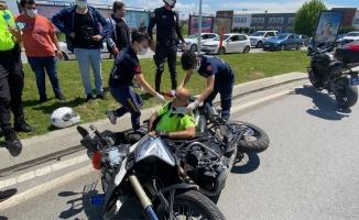 Sakarya'daki trafik kazasında yunus polisi yaralandı
