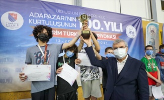 Sakarya'da düzenlenen 10, 12 ve 14 Yaş Altı Eskrim Türkiye Şampiyonası sona erdi