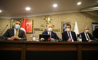 Ulaştırma ve Altyapı Bakanı Karaismailoğlu, AK Parti Sakarya İl Başkanlığı ziyaretinde konuştu: